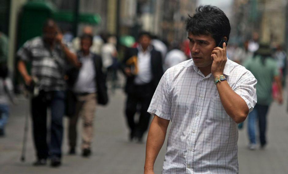 Se podría ampliar la competencia en el mercado de la telefonía móvil. (Foto: Andina)