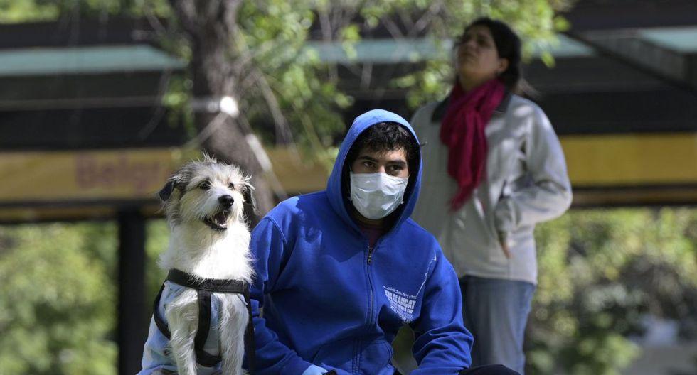 Al igual que en otros países de la región, las familias argentinas más vulnerables recibirán una ayuda económica para sortear la crisis desatada por el nuevo coronavirus en el mundo (Foto. AFP)