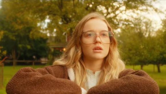 """""""El baile de las luciérnagas"""" está basada en la novela del mismo nombre de Kristin Hannah, de 2008 (Foto: Netflix)"""