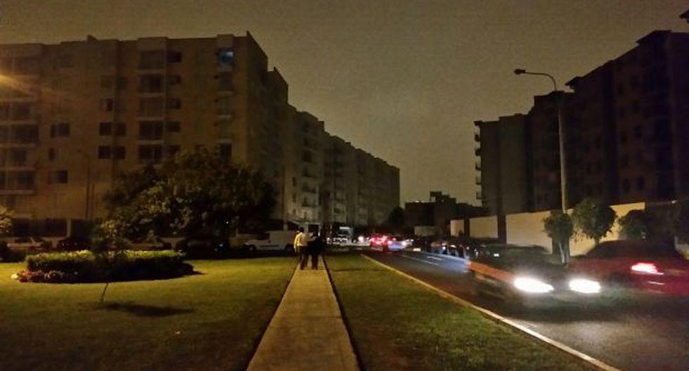 Apagón afectó a decenas de viviendas de Santiago de Surco