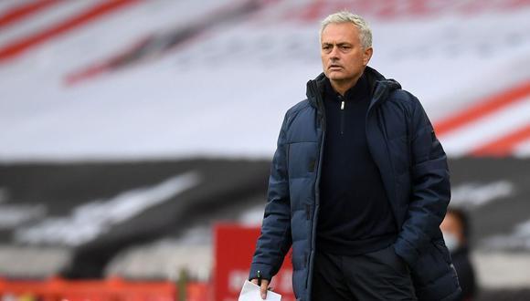 José Mourinho explicó que Zanetti se encargó de dejar fuera de juego a Messi.