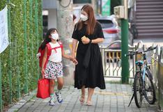Reabren los colegios en Seúl ante la caída de los contagios de COVID-19