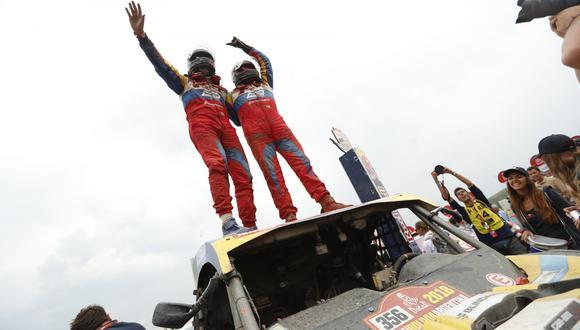 Reinaldo Varela consigue el título de UTV'S en el Dakar 2018. (Foto: EFE)