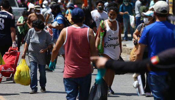 Los mercados y el transporte público se han convertido en los nuevos focos de infección de coronavirus. (Foto: Fernando Sangama)