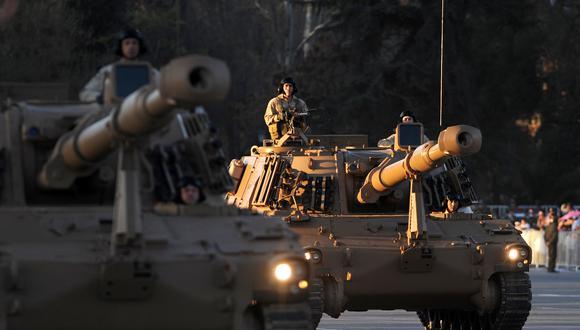 Ejército chileno afirma que realiza escuchas telefónicas a militares desde enero de 2018. (Foto: AFP)