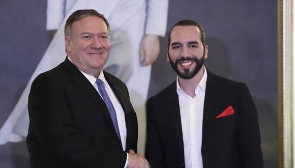 El jefe de la diplomacia estadounidense, Mike Pompeo, se reunió con el presidente salvadoreño Nayib Bukele, para cerrar así una gira que lo llevó previamente a Argentina, Ecuador y México. (AP)