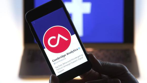 Facebook: Cambridge Analytica anuncia cese de operaciones. (Foto: AFP)