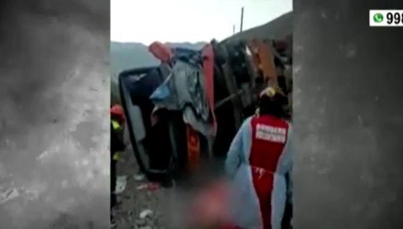 El accidente ocurrió en el kilómetro 54 de la vía . (Captura: América Noticias)