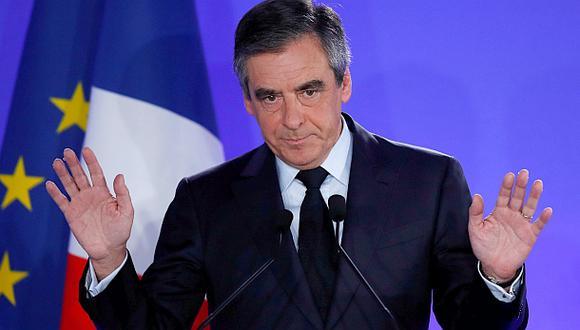 "Fillon reconoce derrota: ""Votaré por Emmanuel Macron"""
