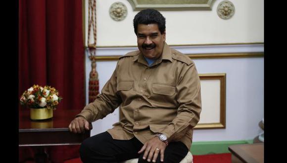 Maduro sumará dos nuevos periódicos a su poderosa red de medios