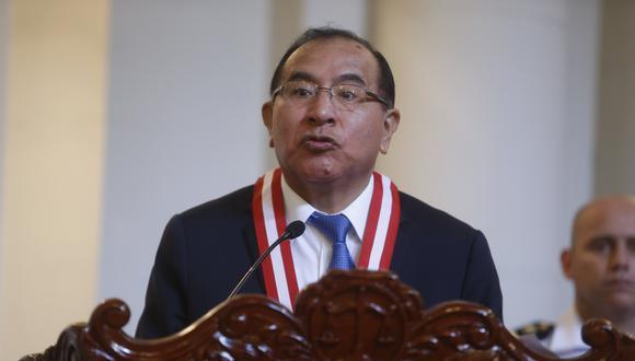 El presidente del JNE, Víctor Ticona, propuso que se cancele a las agrupaciones políticas que reciban fondos de la corrupción. (Foto: JNE)