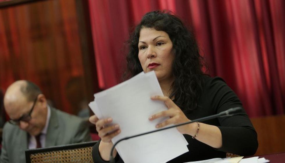 Yesenia Ponce (Fuerza Popular) ha sido sancionada en dos oportunidades. (Foto: El Comercio)