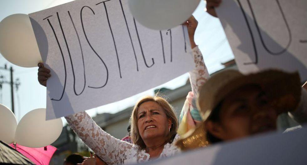 Familiares de la niña Fátima, identificaron el cuerpo de la niña, quien fue encontrada en bolsas de basura desnuda y torturada en la colonia Los Reyes, en las inmediaciones de la alcaldía Tláhuac. (Foto: Reuters).