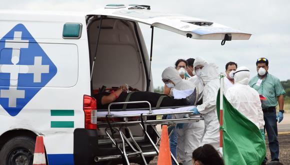 """El ministro interino de Salud, Aníbal Cruz, precisó a los medios que se registran """"tres casos importados y siete de contacto local"""", con un total de diez confirmados. (Foto: AFP/ARchivo)."""