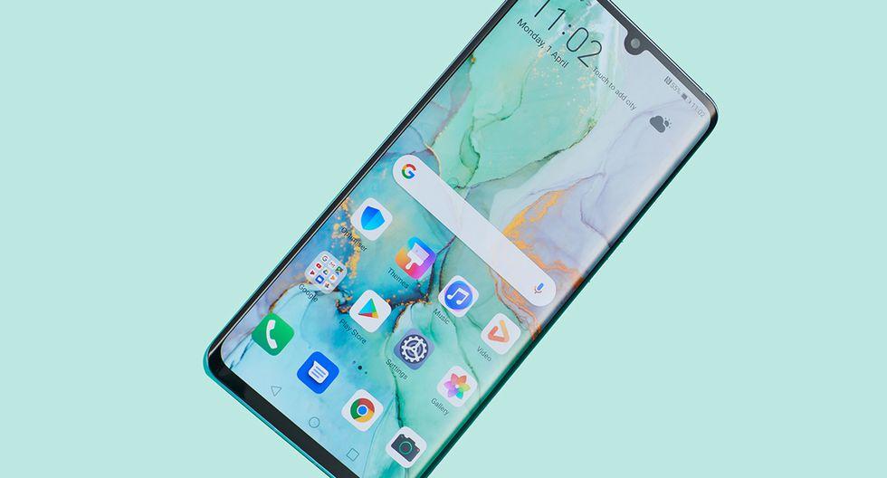 ¿Has sentido alguna vez que tu celular vibra, pero no has recibido ni una notificación o llamada?