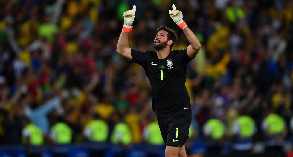 """Alisson Becker: """"Un equipo que no era favorito como Perú llegó a la final y tuvo posibilidades de vencer"""". (Foto: AFP)"""