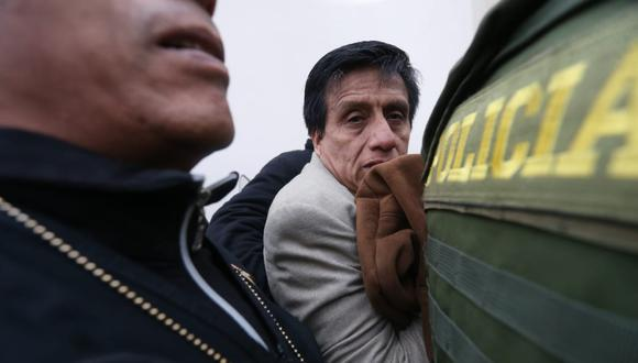 Edwin Antonio Camayo Valverde fue detenido esta madrugada en su domicilio en San Isidro. El operativo fue liderado por la fiscal del Callao Rocío Sánchez. (Foto: Hugo Pérez/El Comercio)