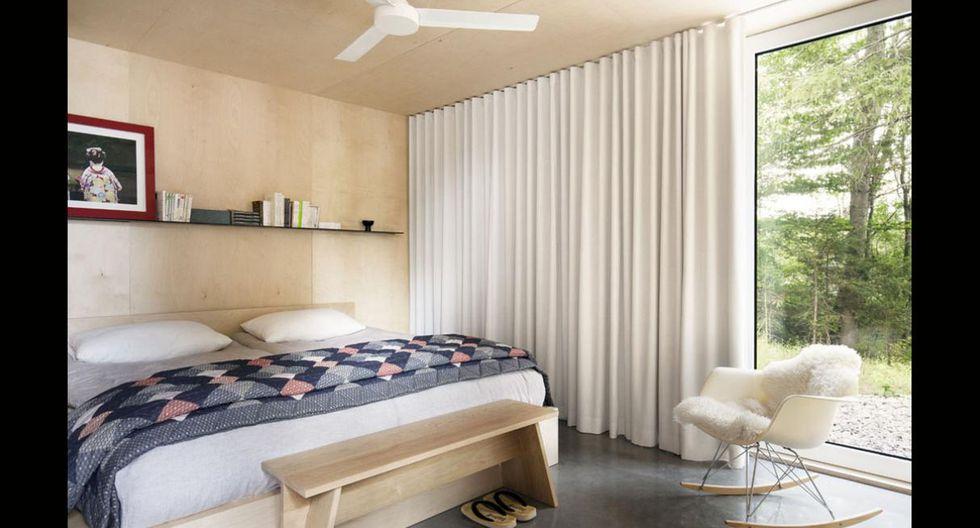 El elemento que toma mayor protagonismo en el dormitorio es la madera. Este es otro de los ambientes que tiene una vista privilegiada. (Foto: Maxime Brouillet)