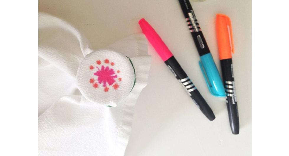 Deja volar tu imaginación creando servilletas de colores - 2