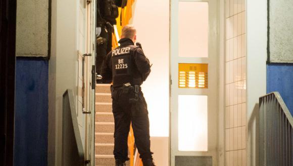 Alemania: Hombre engañaba a mujeres para electrocutarlas. Foto referencial AFP