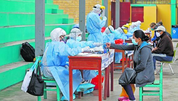 El Centro de Epidemiología, Prevención y Control de Enfermedades (CDC) pidió a los organismos monitorear conglomerados para detectar eventuales brotes de COVID-19. (Foto: GEC)