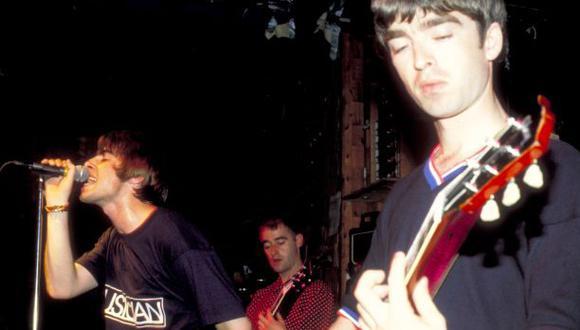 """Oasis: escucha un demo inédito de """"She´s electric"""""""