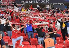 Los fanáticos se hacen presentes en el Puskas Arena para ver el Bayern Munich vs. Sevilla   FOTOS