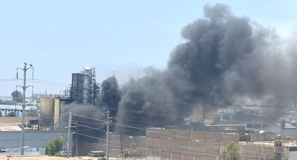 Cercado de Lima: incendio afecta almacén en la Av. Venezuela - 2
