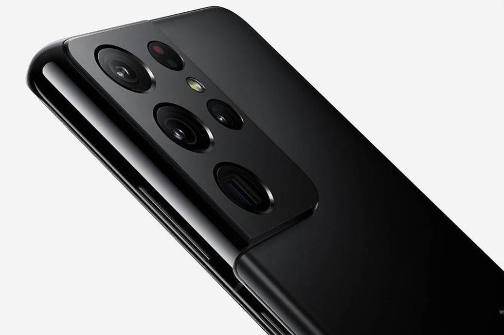 Los tres modelos del Samsung Galaxy S21 cuentan con tecnología 5G. El diseño Ultra cuenta con una pantalla 6,8 pulgadas Dynamic AMOLED 2x, con 120 Hz y tecnología WQHD+. Asimismo lleva un procesador Exynos 2100 con 12 GB y 256 GB de almacenamiento interno. Por otro lado, las cámaras de 108 MP f/1.0, el ultra gran angular 12 MP f/2.2, el Tele 1 cuenta con 10 MP f/2.4 y el tele 2 es de 10 MP f/4.9 y el Láser AF ToF. (Foto: Samsung)