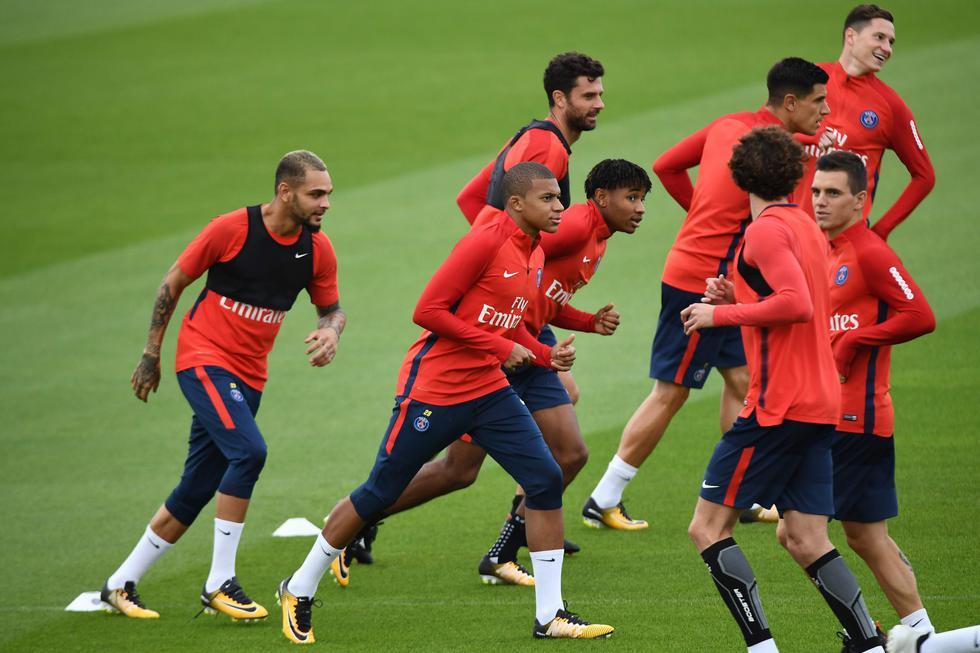 Kylian Mbappé realizó su primer entrenamiento con el PSG. (Foto: Agencias)