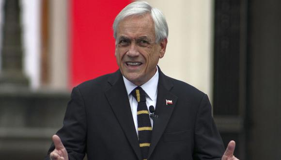 El presidente de Chile, Sebastián Piñera, es visto declarando en el palacio presidencial de La Moneda en Santiago, Chile, el domingo 20 de junio de 2021. (AP/Esteban Felix).