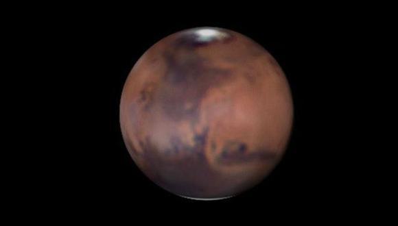 Captan espectaculares fotos durante la rotación de Marte