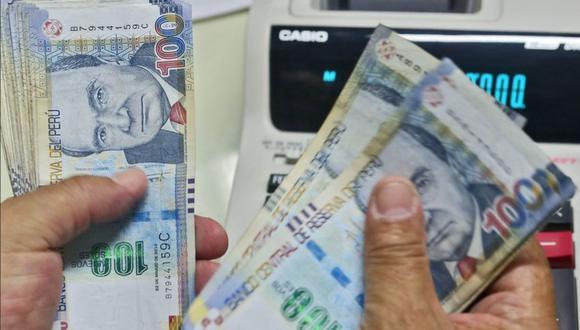 Los afiliados de las AFP podrán efectuar el retiro de hasta 4 UIT (S/ 17.600) de sus fondos previsionales. (Foto: GEC)