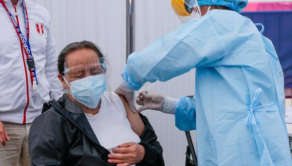 Ahora ciudadanos pueden vacunarse cerca a su centro de trabajo con la implementación de vacunatorios metropolitanos. (Foto: archivo GEC)