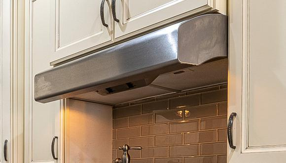 Los mejores trucos de limpieza para dejar como nueva la campana extractora de tu cocina. (Foto: Pexels)