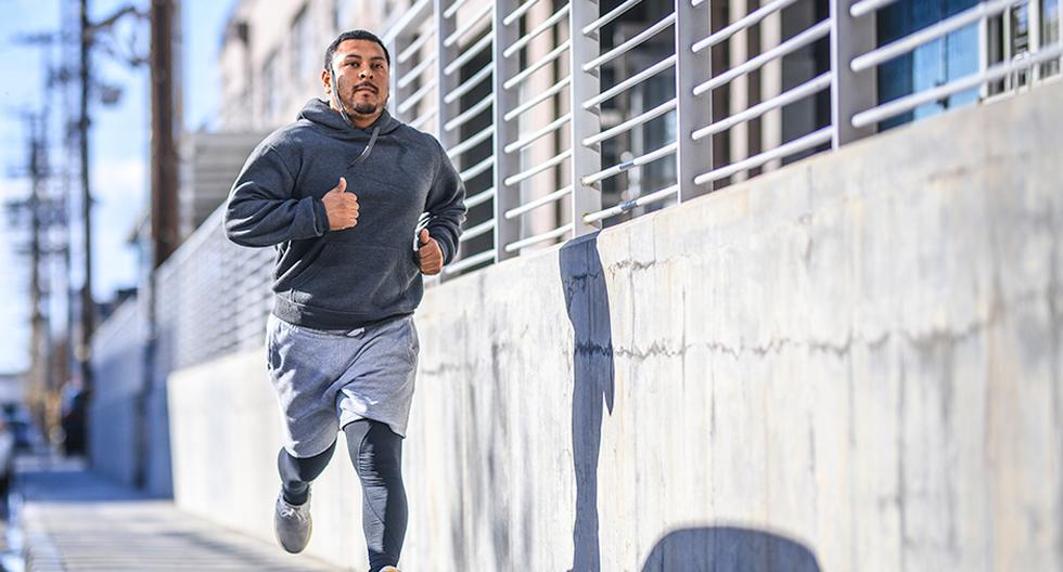 El running puede ayudar a estabilizar los niveles de glucosa, beneficiando a los diabéticos.