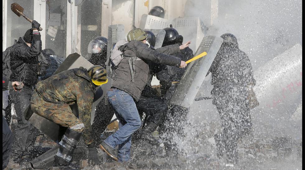 Ucrania se desangra: mueren 14 personas durante enfrentamientos - 1