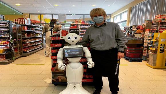 Los androides son enfermeros, mensajeros o asistentes de supermercado. / Foto: Entrance Robotics GmbH.