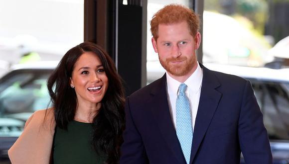 Meghan Markle y el príncipe Harry señaló que a comunidad de su abuela la reina Isabel II debe reconocer sus errores. (AFP).