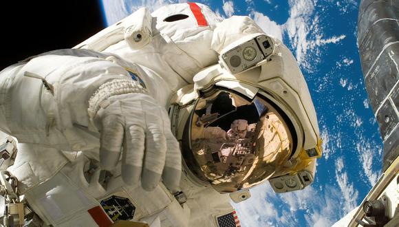Los astronautas se preparan durante mucho tiempo para salir al espacio. (Foto: NASA)