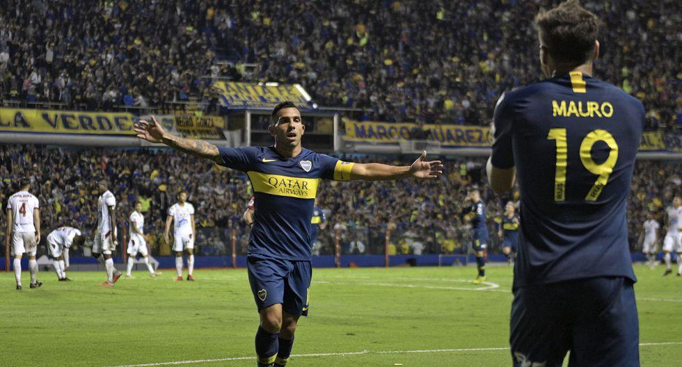 Universitario y Boca Juniors se vieron las caras por última vez en 1998. (Foto: AFP)