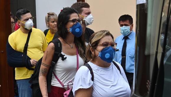 Se le dará mayor importancia al uso de mascarillas en el trabajo. (Foto: AFP)