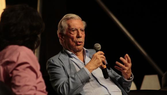 El regreso de Mario Vargas Llosa a su ciudad natal estuvo cargado de anécdotas: charlas maestras, banquetes picanteros y opiniones políticas. Aquí un repaso de sus recargadas horas de romance arequipeño (Foto: Agencias)