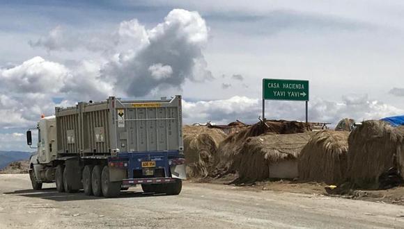 En cuanto al asfaltado del corredor minero, Molina indicó que el compromiso del gobierno es plasmar una solución tecnológica para julio del 2021.