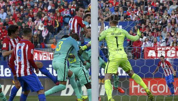 Atlético de Madrid le marcó al Barza con este cabezazo de Godín
