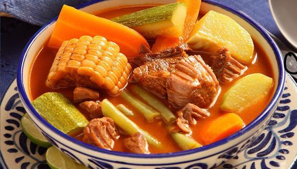 El mole de olla es uno de los platillos más representativos de la gastronomía del Estado de México (Foto: Pinterest Kiwilimon)