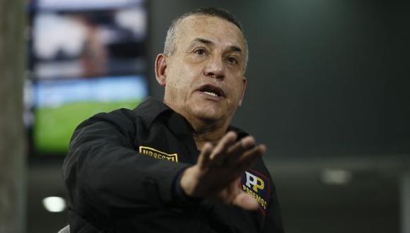Daniel Urresti puso su cargo a disposición tras el incidente entre serenos y comerciantes ambulantes informales de nacionalidad venezolana. (Foto: GEC)