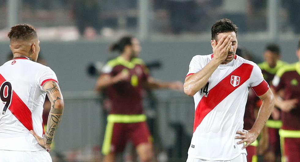 La superposición de función con Paolo Guerrero en la selección peruana hizo a Claudio Pizarro ir detrás del 9 y le quitó presencia en los últimos 30 metros.