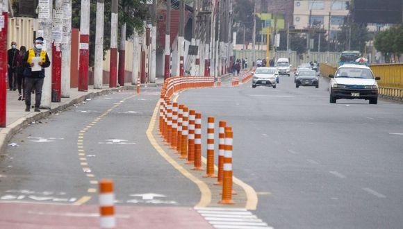 En las ciclovías se han colocado señalización horizontal de líneas continuas y discontinuas, además, flechas direccionales. (Foto: Municipalidad de Lima)