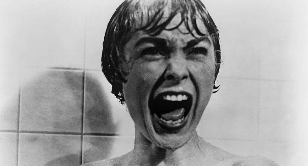 """Un invitado de lujo del Insólito 3 será el suizo Alexandre O. Philippe, documentalista que ha analizado a los grandes del terror, entre ellos a Alfred Hitchcock y su famosa escena de la ducha, en su documental """"78/52 La escena que cambió el cine"""", que se pudo ver el año pasado en el Insólito 2."""